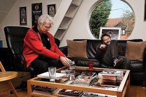 David Byrne (sx) e Thom Yorke (dx) nello studio dei Radiohead
