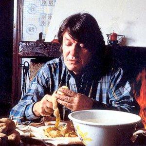 fabrizio-de-andre- sbuccia patate