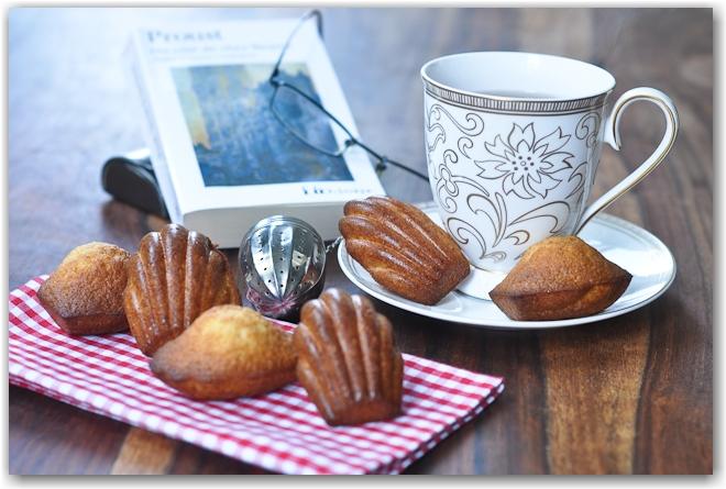Immagine: http://www.superschoppen.com/wp-content/uploads/2012/04/madeleine-tea.jpg
