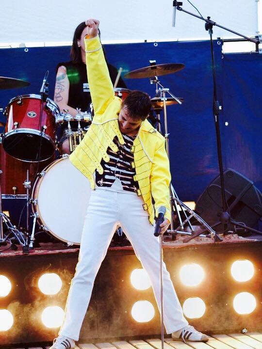 Esibizione al Freddie Mercury Memorial Day 2009