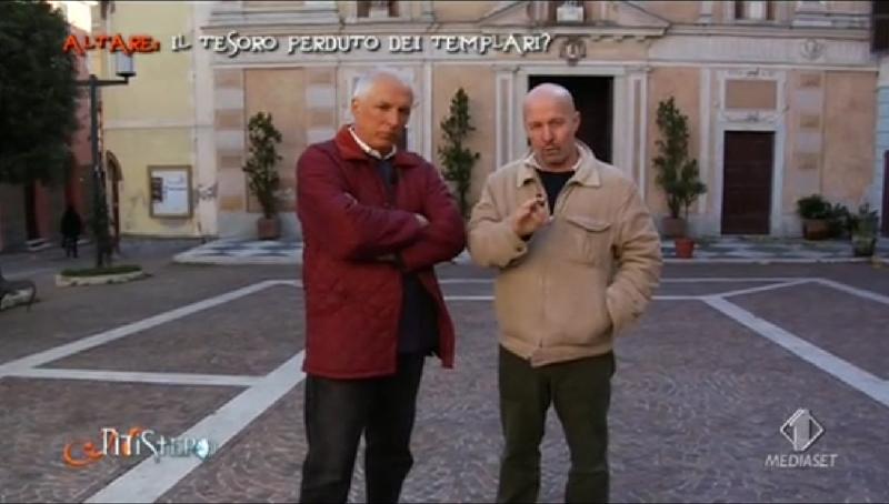Giorgio Baietti e Marco Berry in un fotogramma della puntata di Mistero girata in Valbormida