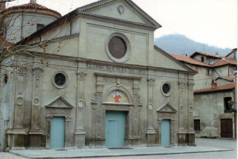 La facciata di San Lorenzo (Fonte Wikipedia)