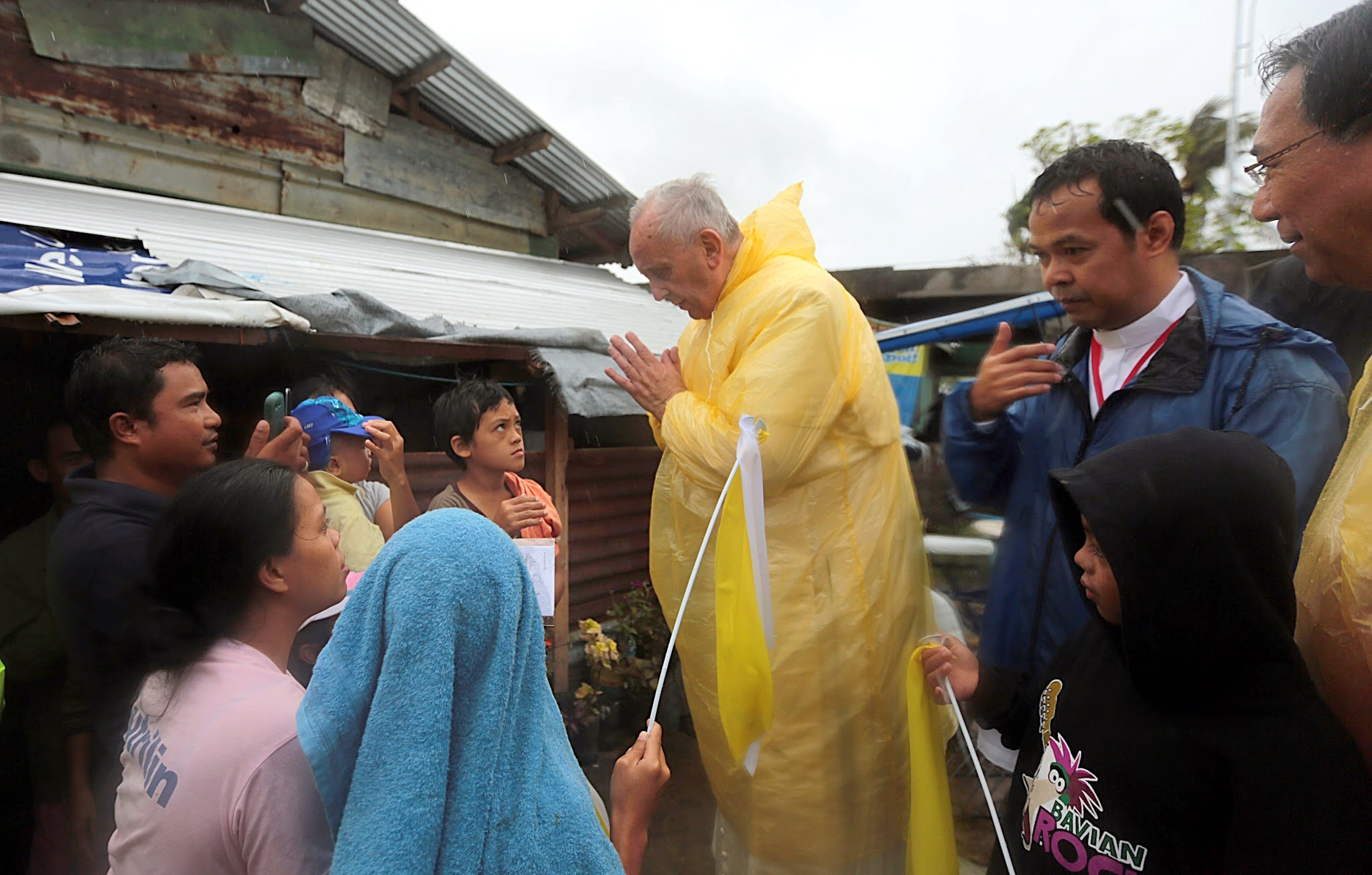 Pope Francis visits families of typhoon Yolanda victims in one of the areas in Palo, Leyte Saturday, January 17, 2015. (Photo by Benhur Arcayan/Malacanang Photo Bureau)
