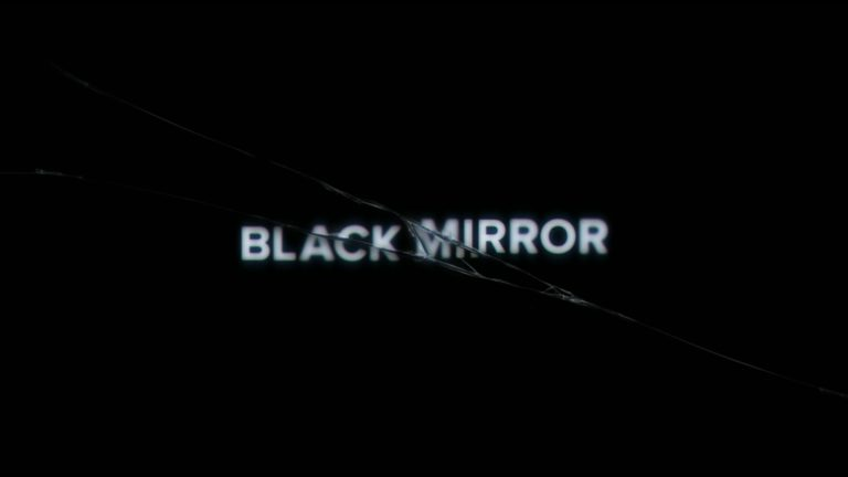 Il genio di Charlie Brooker: la distopia di Black Mirror