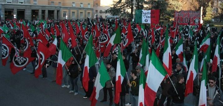 Il fascismo è vivo, con la storia lo si combatte
