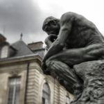 Sine ratione: l'assenza della filosofia dalla scena pubblica