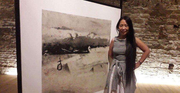 Intervista alla pittrice Li Chevalier, la Cina in mostra a Siena