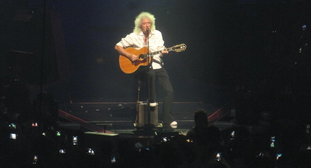 Brian May assolo