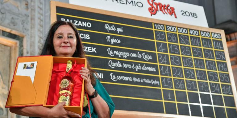 Il Premio Strega 2018 è donna, il trionfo di Helena Janeczek