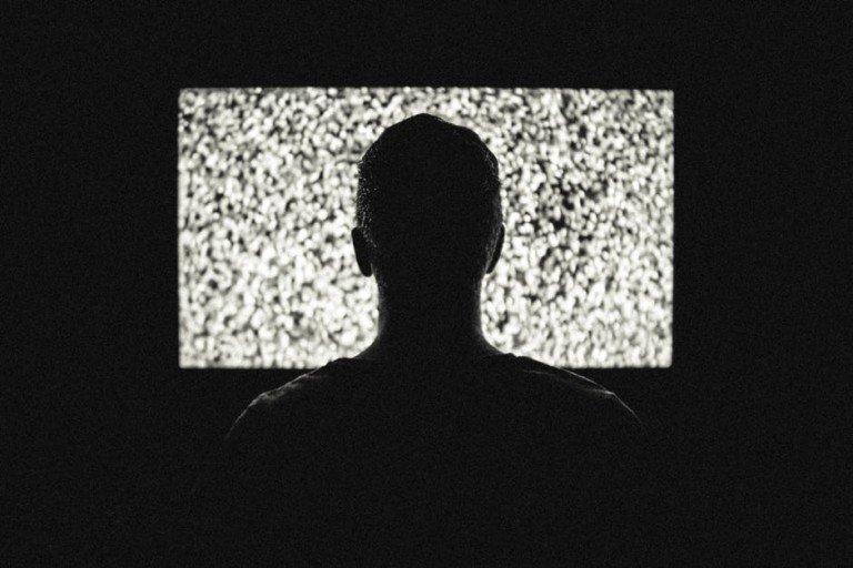 La televisione italiana è ferma agli anni '70 e questo piace allo spettatore medio